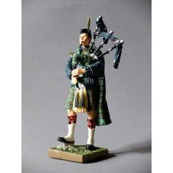 Argyll & Sutherland Highlanders - Piper