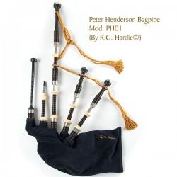 Cornamusa Peter Henderson PH01